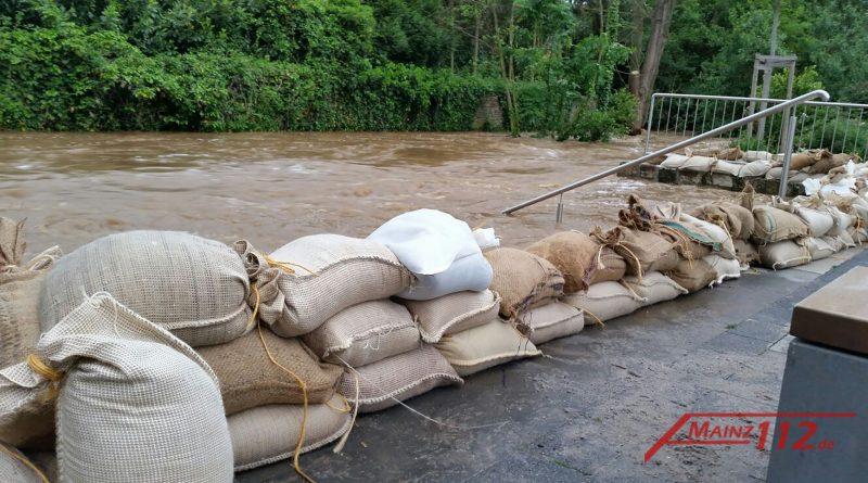 Symbolfoto Hochwasser